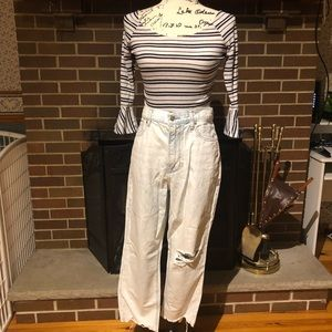 NWT American Eagle Mom Jeans